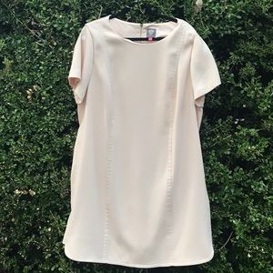 Vince Camuto dress in soft blush.  Fully lined.